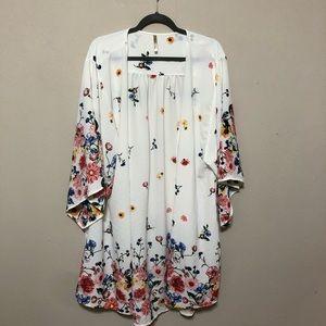NWOT Paolino White/Floral Kimono Sz 2x